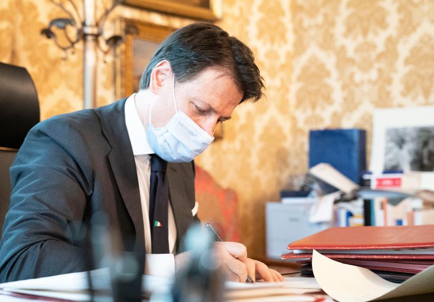 Conte firma il nuovo DPCM – Il testo